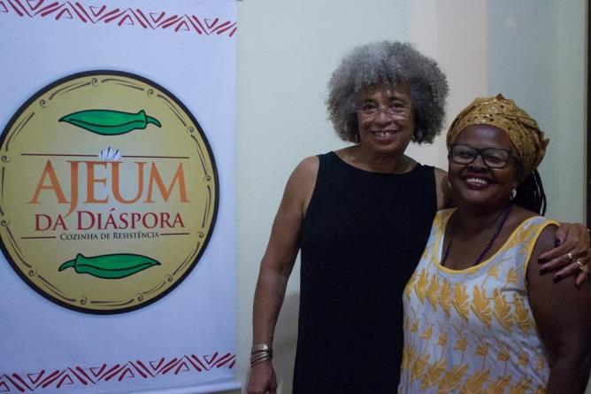 Angélica Moreira e Angela Davis em Ajeum da Diáspora