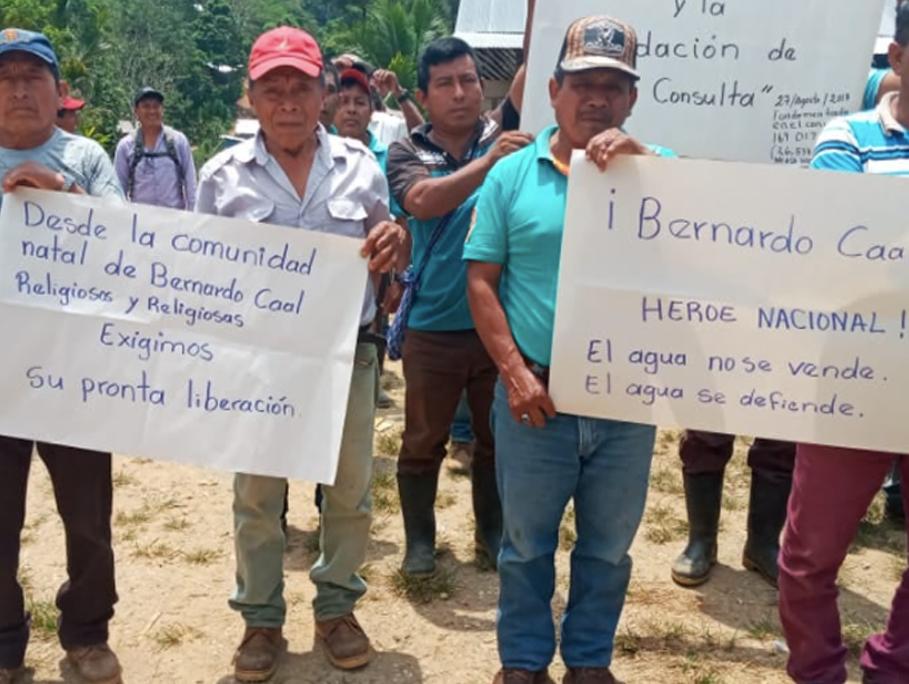 Campesinos protestan contra hidrelectricas y por la libertad de Bernardo
